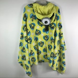 Dispicable Me wrap hooded towel w/ pockets